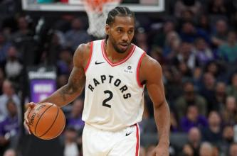 Toronto-Raptors-Kawhi-Leonard-scores-36-despite-apparent-leg-injury